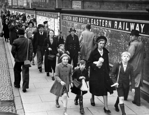 Evacuation of Children: Arriving at London Road Station, 1939