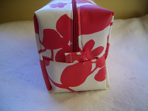 Hidden Seams Box Bag