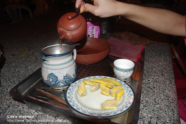 忘記在哪家泡的茶,那家生意不錯,晚上時間幾乎座無虛席,不少人來這吃晚餐。