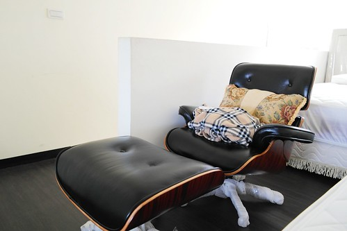 床墊魚的Eames Lounge Chair大A級復刻名椅