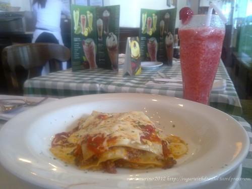 Italiannis Lasagna and Strawberry Shake