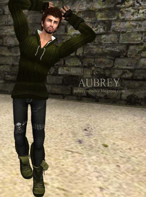 Men Style #04 - Hooded Sweater with DRD Hunter Boots