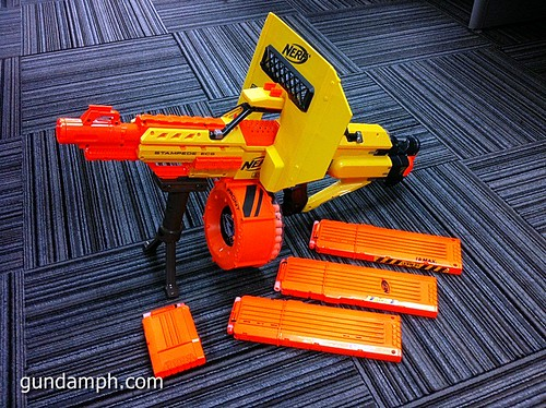 NERF Sale 50% Off Stampede Raider Recon Unboxing Review (80)