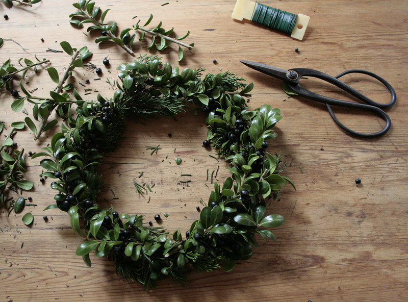 wreath_table