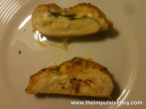 Domino's Stuffed Cheesy Bread Inaards