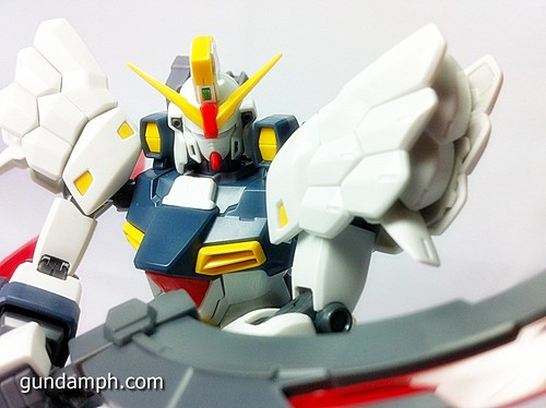 MG 1 100 Sandrock EW Out Of The Box Build Review (70)