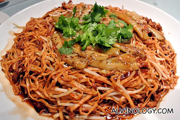 Fried noodle, served with the remaining meat from the Peking duck