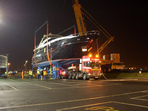 HC Wilson - Exel London Boat Move Dec 2011