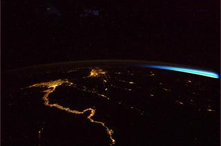 Vannacht. Nijl, Egypte, Israel, Arabisch schierleiland, Libanon, Syrie, Turkije. Zonsopkomst in het Oosten.