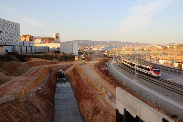 Trabajos en la zona del nuevo puente del laso montaña