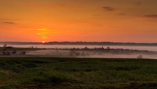 Top o' the morning - Sunrise over Caldecott