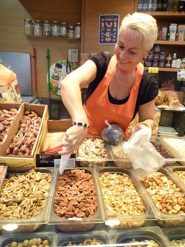 Another Maria choosing pecans for a power-packed start to the day