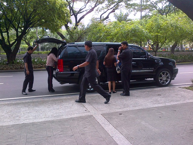 Joel Cruz entourage