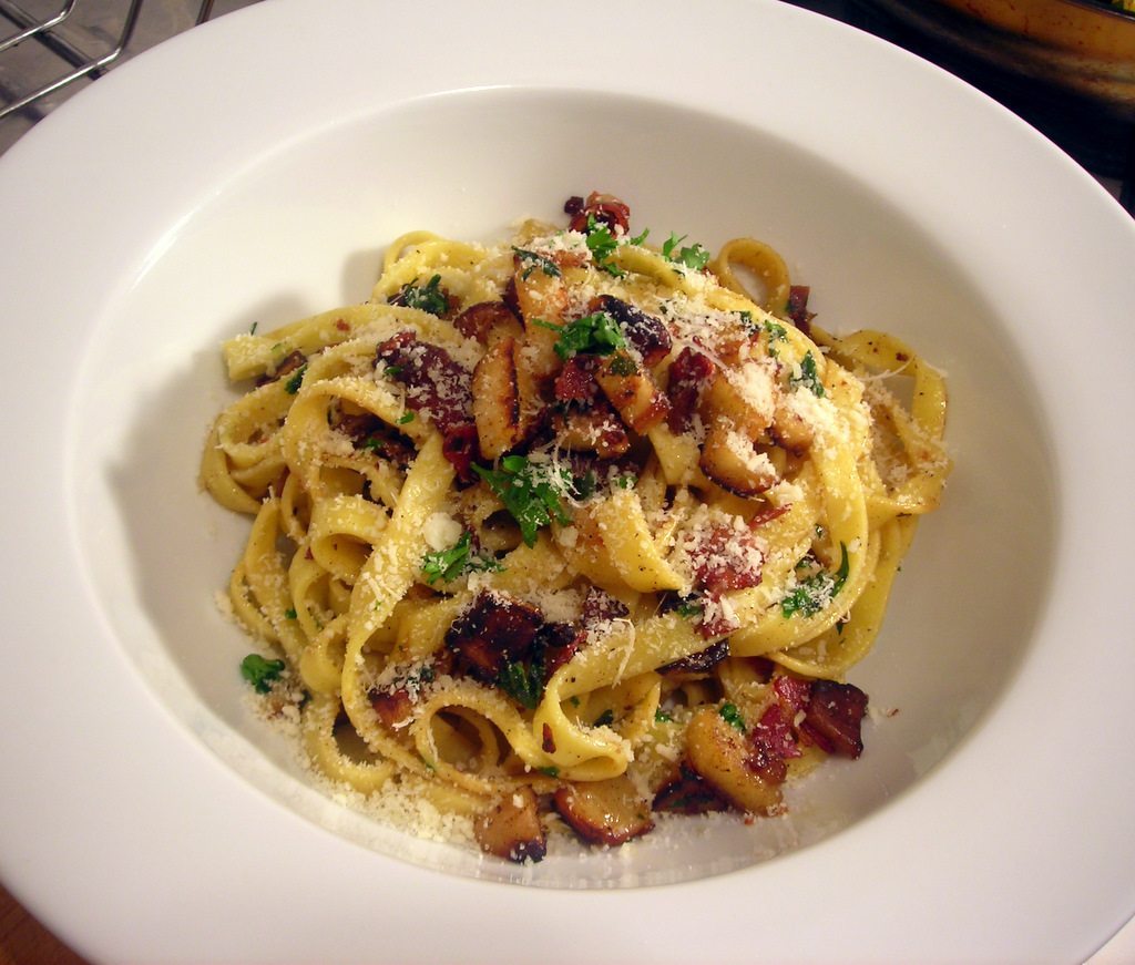 Tagliatelle with parsnips and pancetta