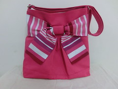 pretty bow bag in sporty pink