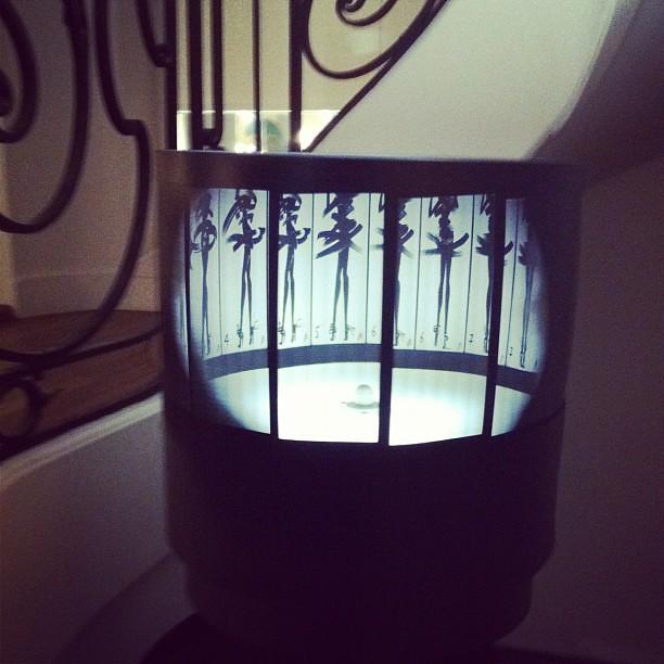 Dans les coulisses de la petite robe noire de #guerlain