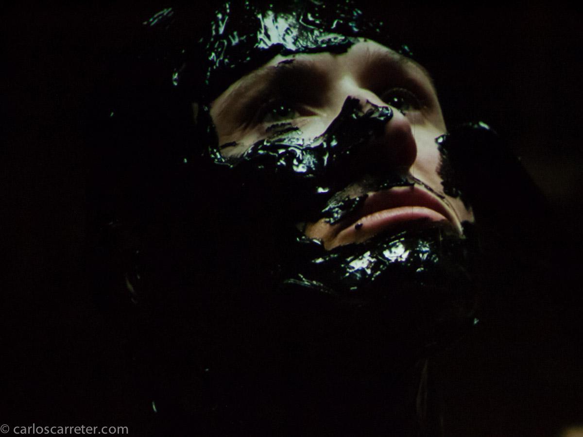 Fotogramas de la videoproyección de Cristina Lucas