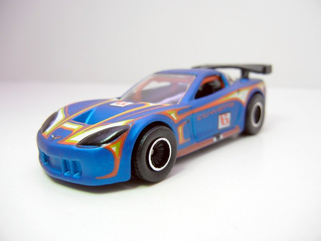 HOT WHEELS GARAGE CORVETTE C6R (3)