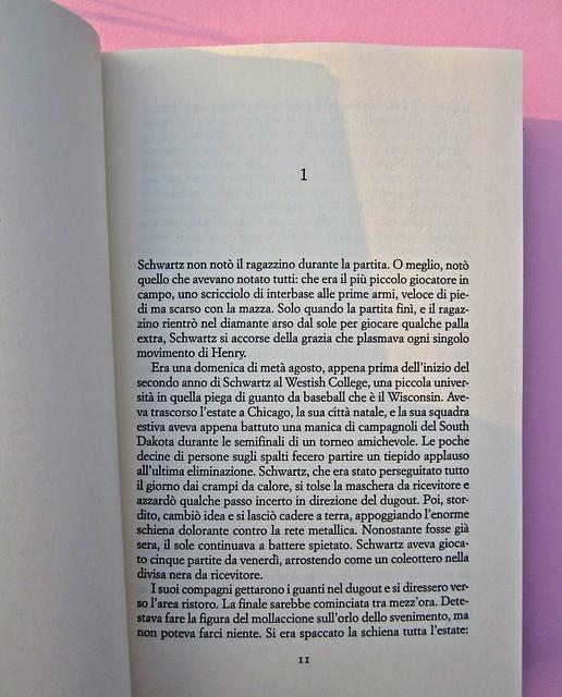 Chad Harbach, L'arte di vivere in difesa. Rizzoli 2011. Art director Francesca Leoneschi; graphic designer: Andrea Cavallini. Incipit (part.), 1