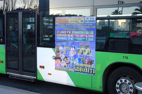 Publicidad de circos crueles en autobuses de Aucorsa.
