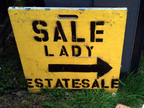 Sale Lady