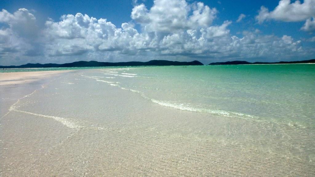 Whitehaven Beach: Whitsundays, Australia