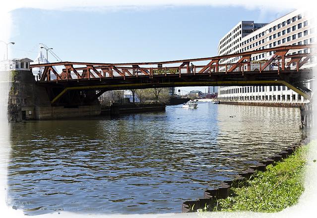 Chicago Avenue Bridge