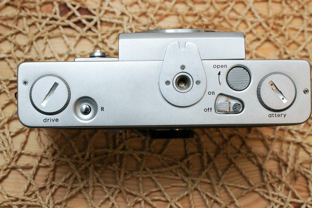 [古典相機] 第一臺量產 TTL 測光的單眼相機.Topcon RE Super.1963