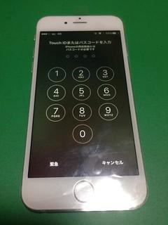 88_iPhone6のフロントパネルガラス割れ