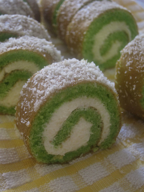 Pandan coconut swiss roll