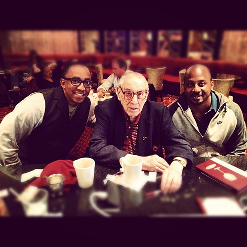 Photo: legend Howard Garfinkel founder of @5starbasketball  google this guy ! w/ @hajjflemings #finalfour #buickncaa