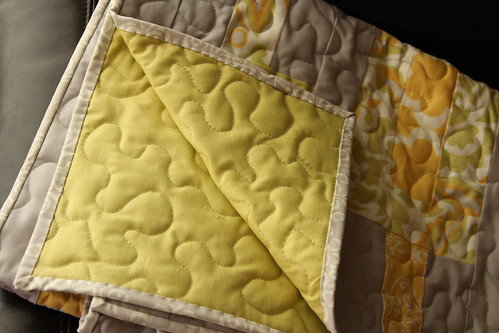 yellow+gray quilt (2)