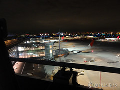 At Tokyo Haneda, flying back to Helsinki via Paris