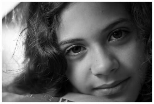 Sweet Eyes by Luiz L.