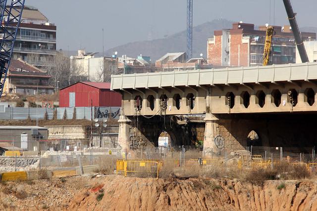 Detalle del antiguo Pont del Treball