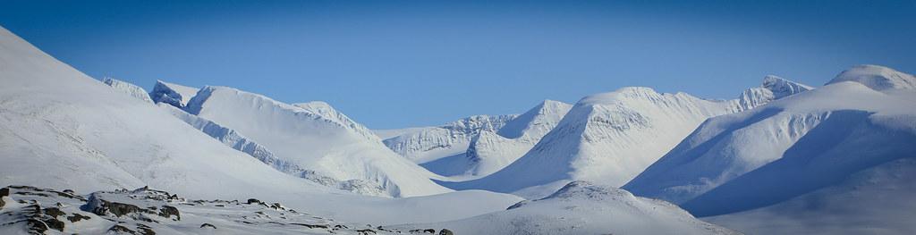 Ähpár massif and Skarki-massif scatter the horizon