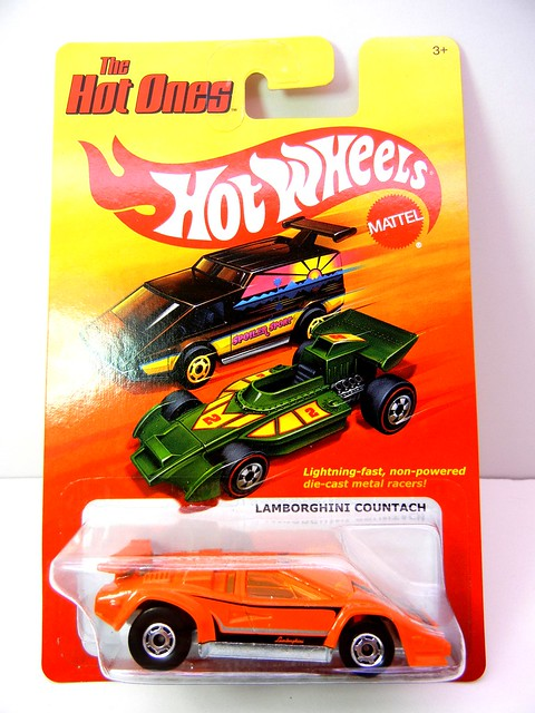 HOT WHEELS HOT ONES LAMBORGHINI COUNTACH (1)