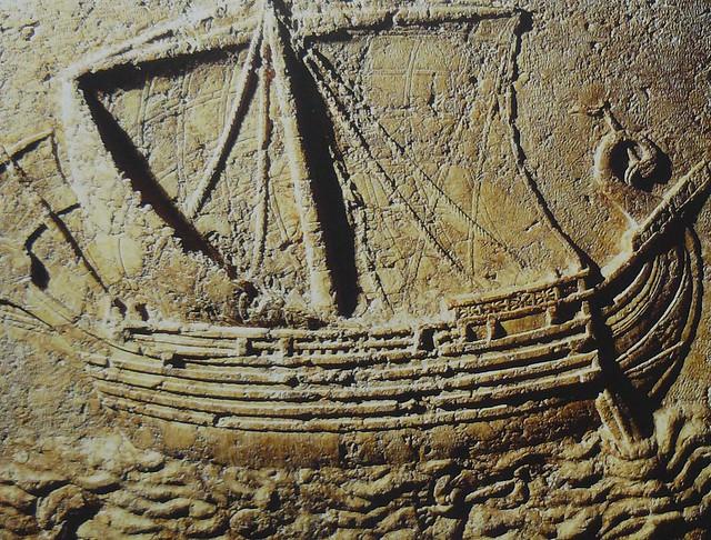 nave fenicia