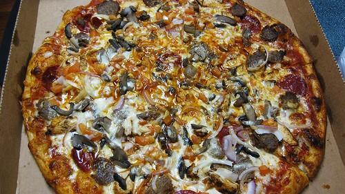 trios special pizza