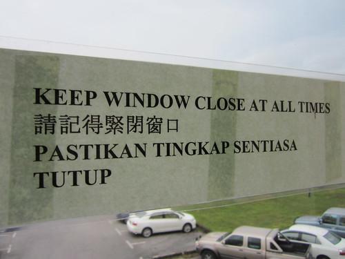 close vs closed