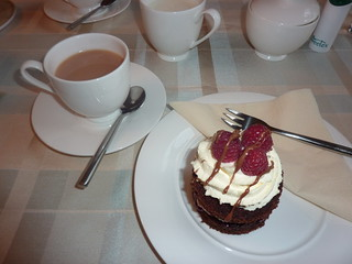 Tea and cake at Knotlow Farm