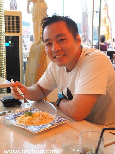 Singapore Lifestyle Blog, nadnut, Mystery Makan, Singapore Food Blog, Food Blog, food reviews, Queens Dessert Cafe Bistro, Queens Dessert Cafe Bistro reviews