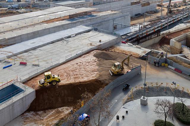 Terminando el nuevo acceso a la zona del Triangle Ferroviari por Josep Soldevilla - 17-02-12