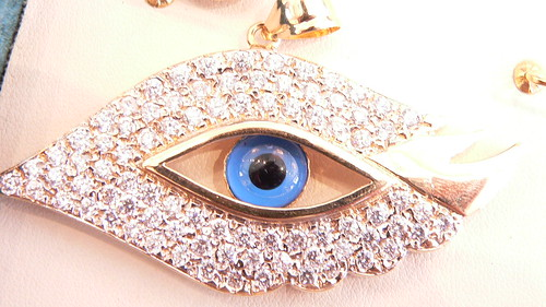 18kt eye charm by njdiamonds