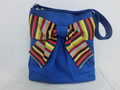 Pretty bow bag in mighty blue