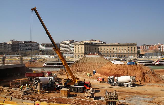 Trabajos en la zona de la nueva estación de La Sagrera