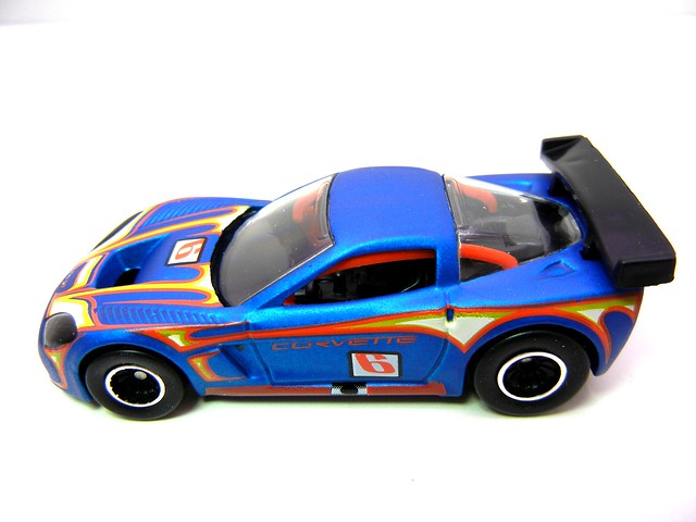 HOT WHEELS GARAGE CORVETTE C6R (4)