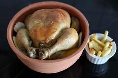beschwipstes Huhn im Römertopf