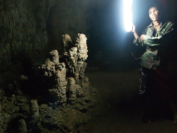 Cheow Lan Lake - Coral cave