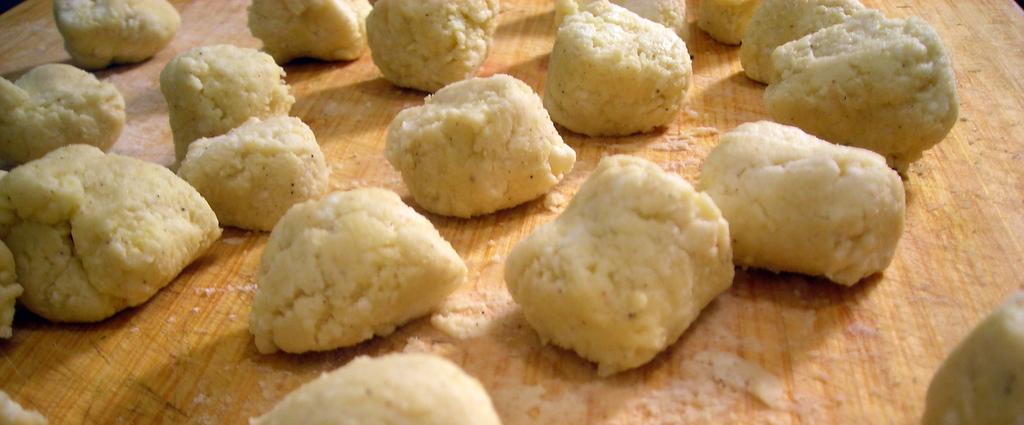 Ricotta gnocchi -- closeup